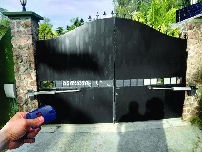 Solar Automatic Swing Gate